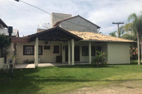 Casa Cond. Maranata III – Dois Quartos