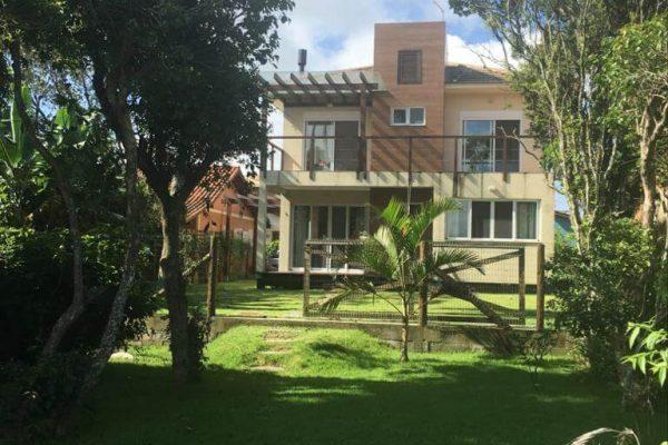 Casa Na Beira da Lagoa Arroio