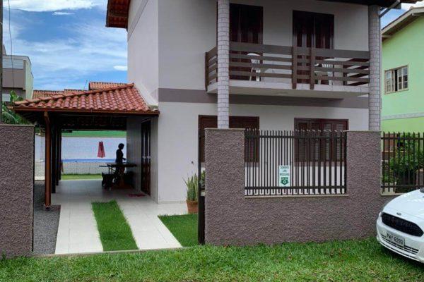 Casa na Rua dos Açores